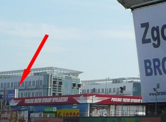 Billboard Olechowskiego vs wielkoformatowy Komorowski