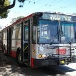 Trolejbus na przystanku początkowym