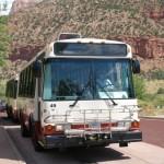 Autobus kursujący po Zion National Park